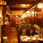 路地裏にある純喫茶「再会」。元は名曲喫茶?